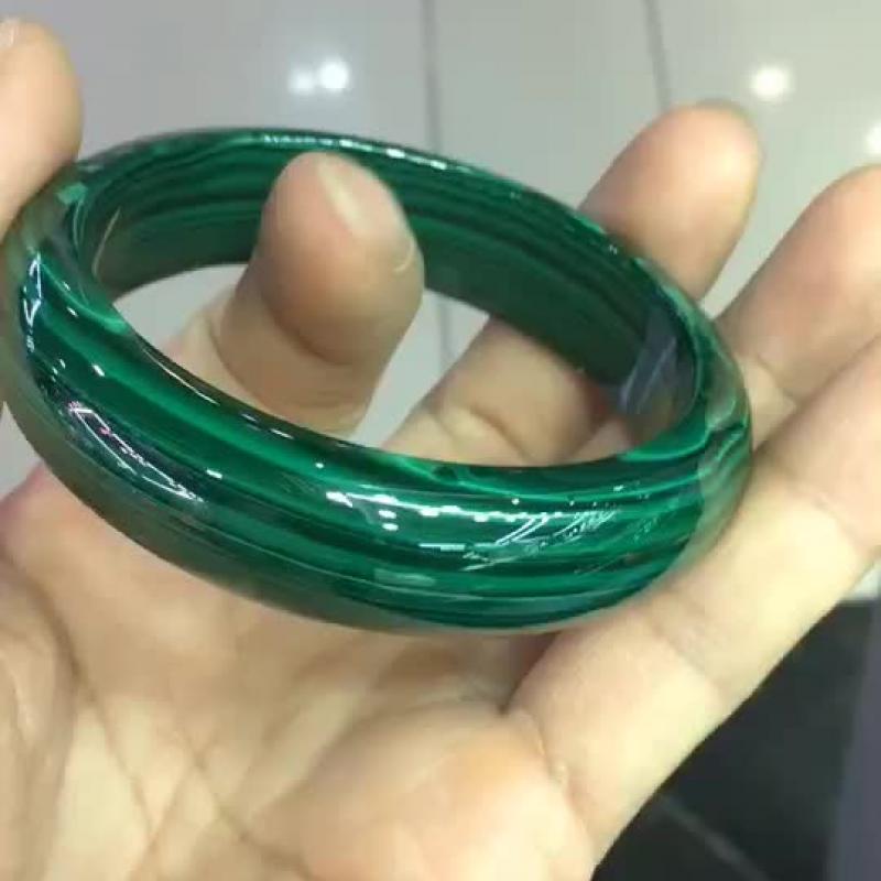 天然珍品孔雀石手镯圈口60mm,绿波妩媚