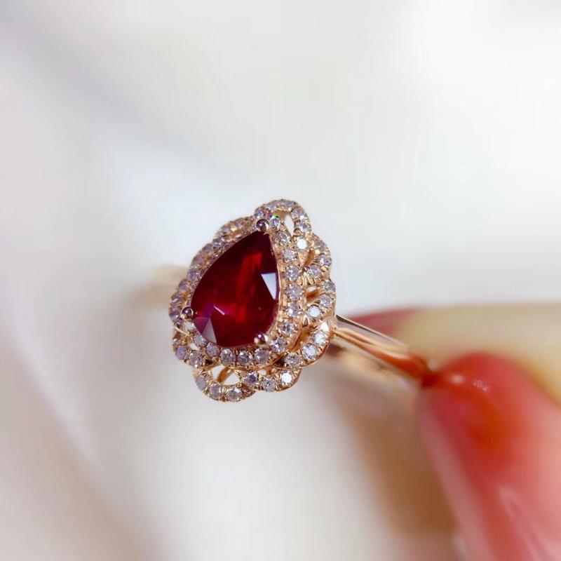 精品天然无烧鸽血红红宝石戒指,0.85克拉,18K金钻石镶嵌