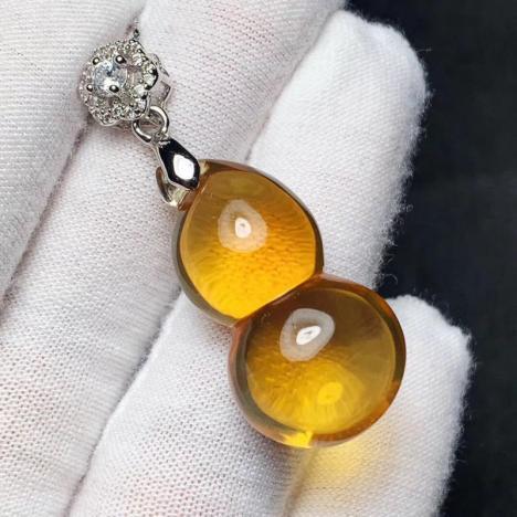 天然巴西黄水晶葫芦吊坠,7.7克,橘黄珍品,招偏财图片