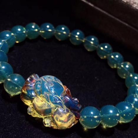 天然墨西哥蓝珀貔貅手串,招财辟邪,迷幻色彩,珠子8mm图片