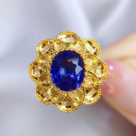 土豪款蓝宝石戒指,大颗粒矢车菊,主石2.59ct,18K金镶嵌图片