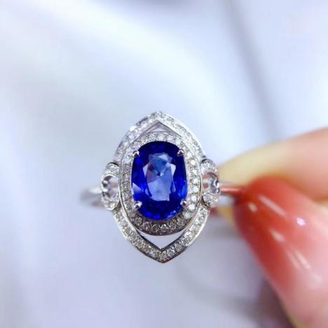 无烧蓝宝石戒指,矢车菊蓝,主石1.44ct,18K金