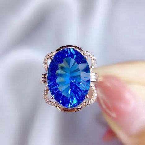 精美托帕石戒指,7.78ct,18K金镶嵌,火彩好