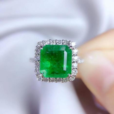 祖母绿戒指,3.35ct,18K金,3克拉祖母绿图片