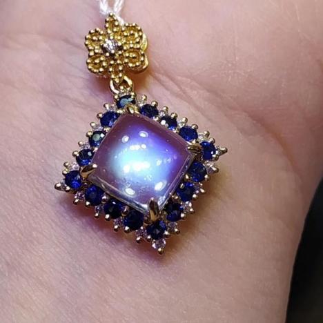 天然冰透月光石18k+蓝宝石,主石2.11ct
