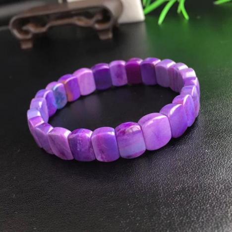 千禧之石,珍品天然舒俱来手排,粉紫色苏纪石图片