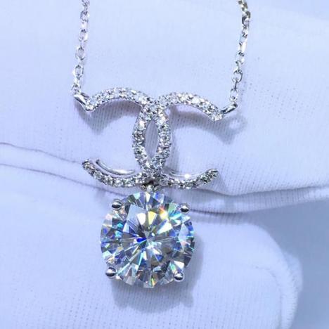 精美18K金莫桑钻锁骨链,裸石1.5ct,高色高净度图片