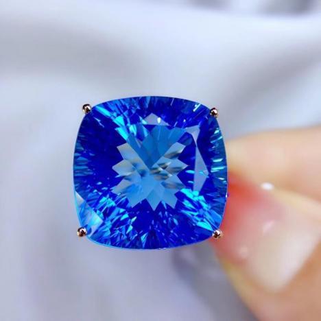 时尚简约托帕石戒指,主石:25.0ct,公主方彩色宝石图片