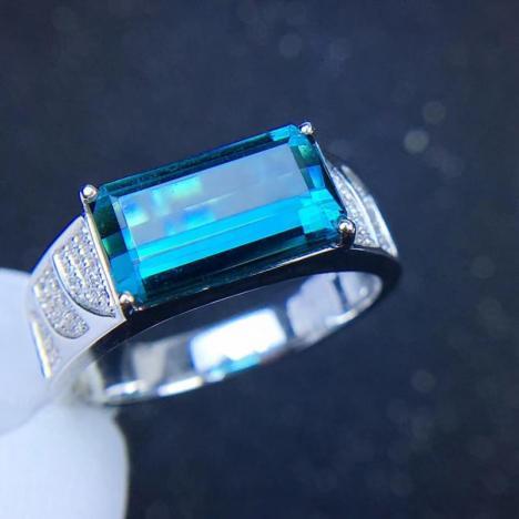 天然蓝碧玺男戒指,裸石4ct,晶体全净,靓丽浓郁图片