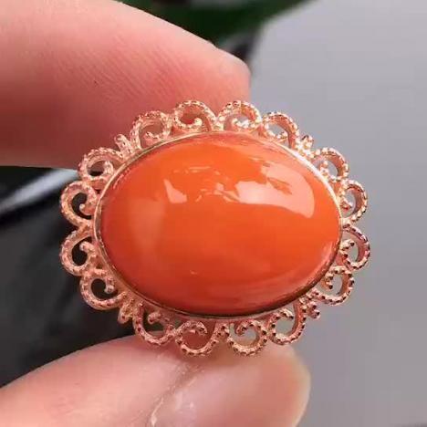 天然A货翡翠,红翡翠蛋面戒指 图片