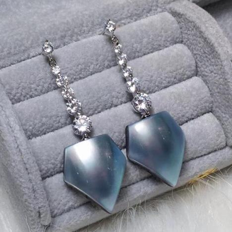 天然马贝珍珠耳环,925银镶嵌,款式大气图片
