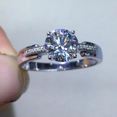 莫桑钻戒指,18K金厚金镶嵌,裸石1ct图片