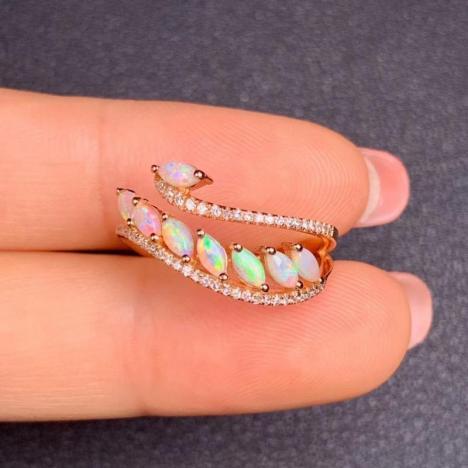 天然18K金镶嵌欧泊戒指,天鹅造型,精致高雅图片