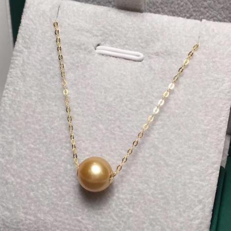 天然金珍珠路路通锁骨链,18K金镶嵌,正圆皮光好图片