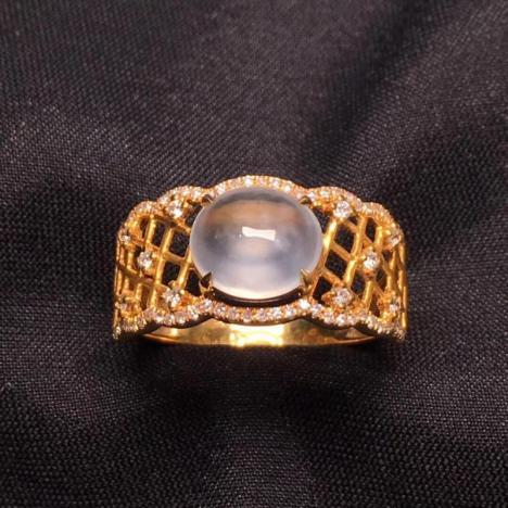 天然A货翡翠戒指,冰种蛋面戒指,18K金图片