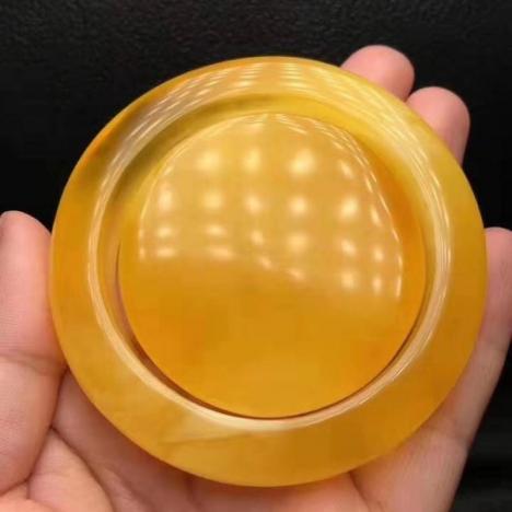 天然原矿蜜蜡手镯,54圈口,完美品,放漏蜜蜡镯子图片
