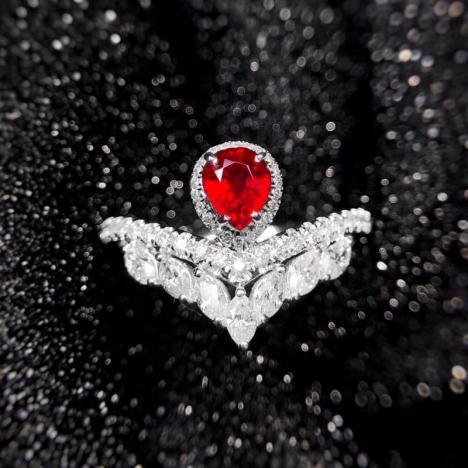 天然无烧鸽血红红宝石戒指,0.62克拉,大颗粒