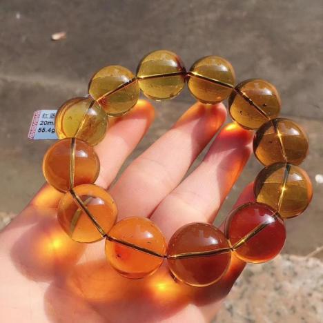 天然墨西哥红蓝珀手串,珠子20mm,55.4克图片