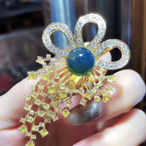 天然墨西哥蓝珀胸针,超精致,珠子11MM图片