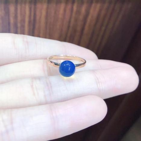 多米尼加蓝珀戒指,18K镶嵌,小巧精致