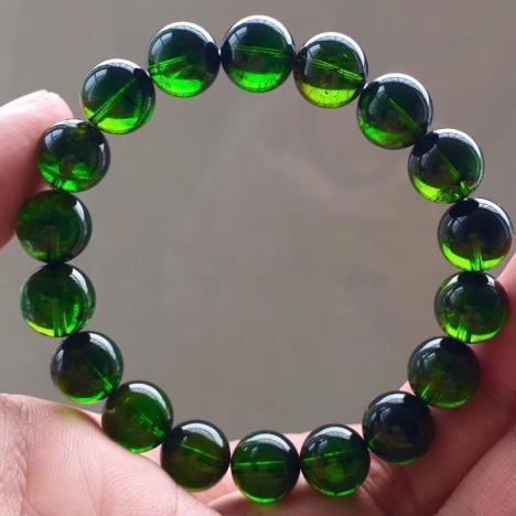 玻璃体巴西绿碧玺手链,11mm,重40克图片