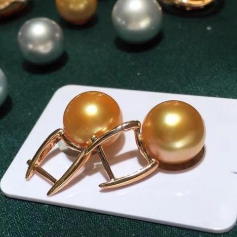 天然南洋金珍珠耳环,超浓金,18k金镶嵌图片