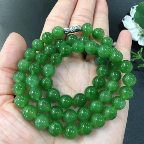 天然苹果绿和田碧玉圆珠项链,8MM图片