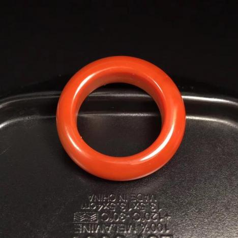 南红玛瑙指环,满肉满色,圈口19.5图片
