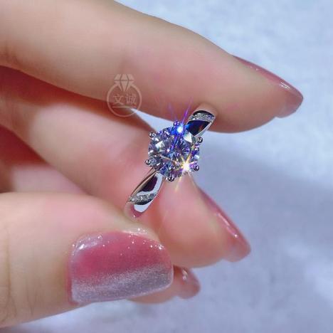 通灵六爪莫桑钻戒指50分1克拉2克拉,D色VVS净度,银镶嵌,可定制18K金图片