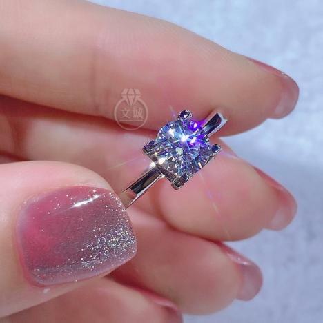 简单牛头莫桑钻戒指50分1克拉2克拉,D色VVS净度,银镶嵌,可定制18K金