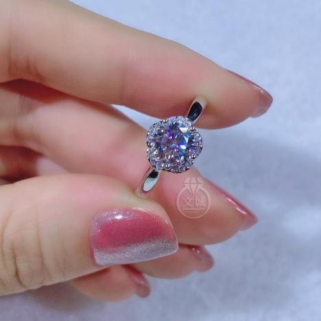花朵莫桑钻活口戒指1克拉,D色VVS净度,银镶嵌,可定制18K金图片