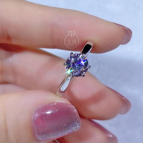 时来运转莫桑钻戒指1克拉,D色VVS净度,银镶嵌,可定制18K金