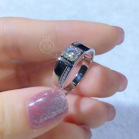 男戒莫桑钻戒指50分,D色VVS净度,银镶嵌,可定制18K金