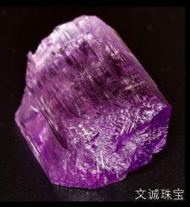 紫水晶是什么样子,什么是紫水晶相关知识介绍