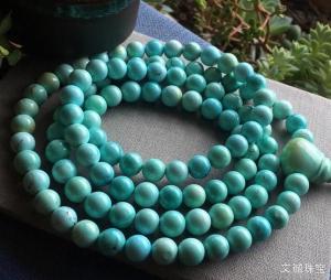 佩戴绿松石的功效作用好处坏处是什么,看完你还买绿松石吗?