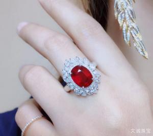 石榴石与红宝石的区别在哪里,如何区分石榴石与红宝石