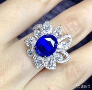蓝宝石适合什么人戴,什么样的人不适合戴蓝宝石