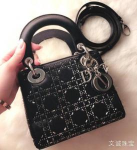 Dior迪奥品牌介绍,质量怎样,迪奥包包的品质如何