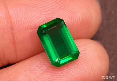 祖母绿多少钱一克拉,2020年祖母绿宝石价格多少钱一克,降价啦