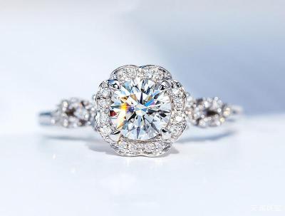 天然钻石多少钱一克,2020年钻石价格一般多少钱一克拉