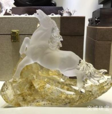 生肖属马的幸运石水晶是什么?生肖马的守护石开运水晶介绍