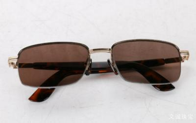 天然水晶眼镜的鉴别方法,真假怎么看