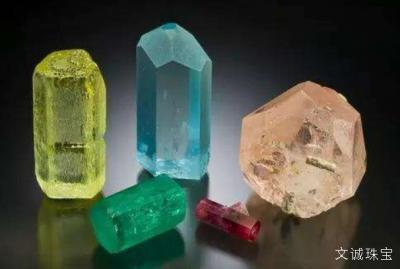 祖母绿,海蓝宝石,摩根石怎么区分与鉴别