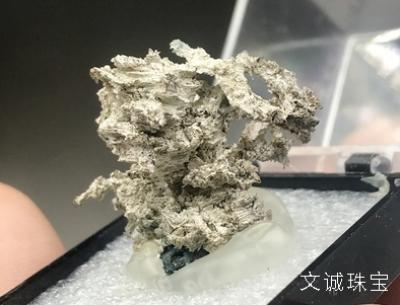 你知道自然银是什么吗?自然银的功效与作用是什么?
