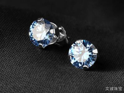 锆石的简介,锆石与钻石有哪些区别