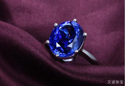 你知道坦桑石为什么热销受欢迎,有那么多的蓝粉丝吗?
