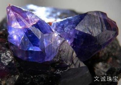 萤石的寓意灵性作用是什么,萤石含义寓意有哪些