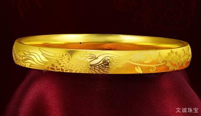 黄金手镯和黄金手链哪个好,黄金手镯和黄金手链该选哪一种?