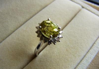 天然金绿宝石品质好坏怎么看,怎么挑选鉴别金绿宝石呢?