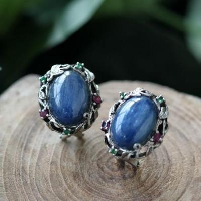 蓝晶石的寓意灵性作用是什么,蓝晶石含义寓意有哪些
